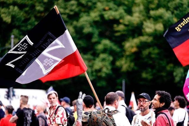 Gegen Rechtsextreme reicht es nicht, Flaggen zu verbieten