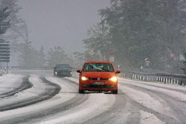 Auf dem Feldberg ist der erste Schnee des Herbsts gefallen