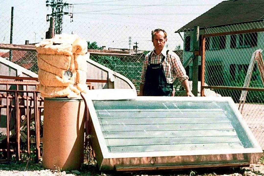 Der Sasbacher Werner Mildebrath mit ei... er ab 1976 in Kleinserie produzierte.  | Foto: Privat