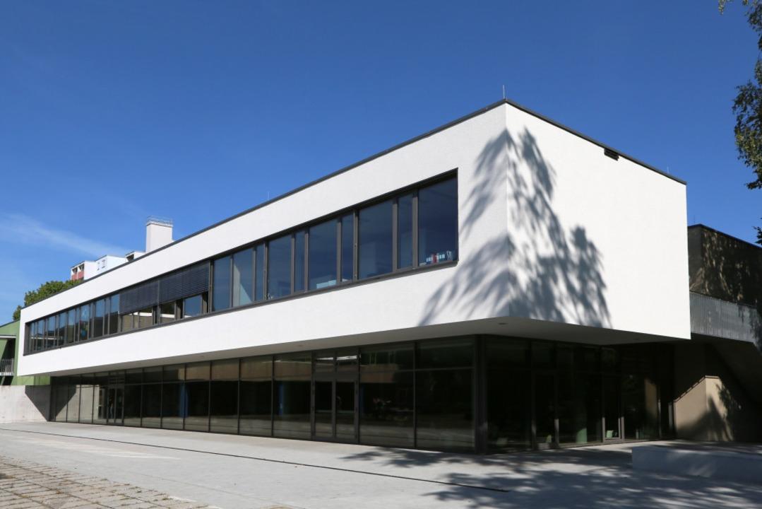 Der Erweiterungsbau der ehemaligen Ott...zt Teil der Verbundschule in Lahr ist.  | Foto: Christoph Breithaupt
