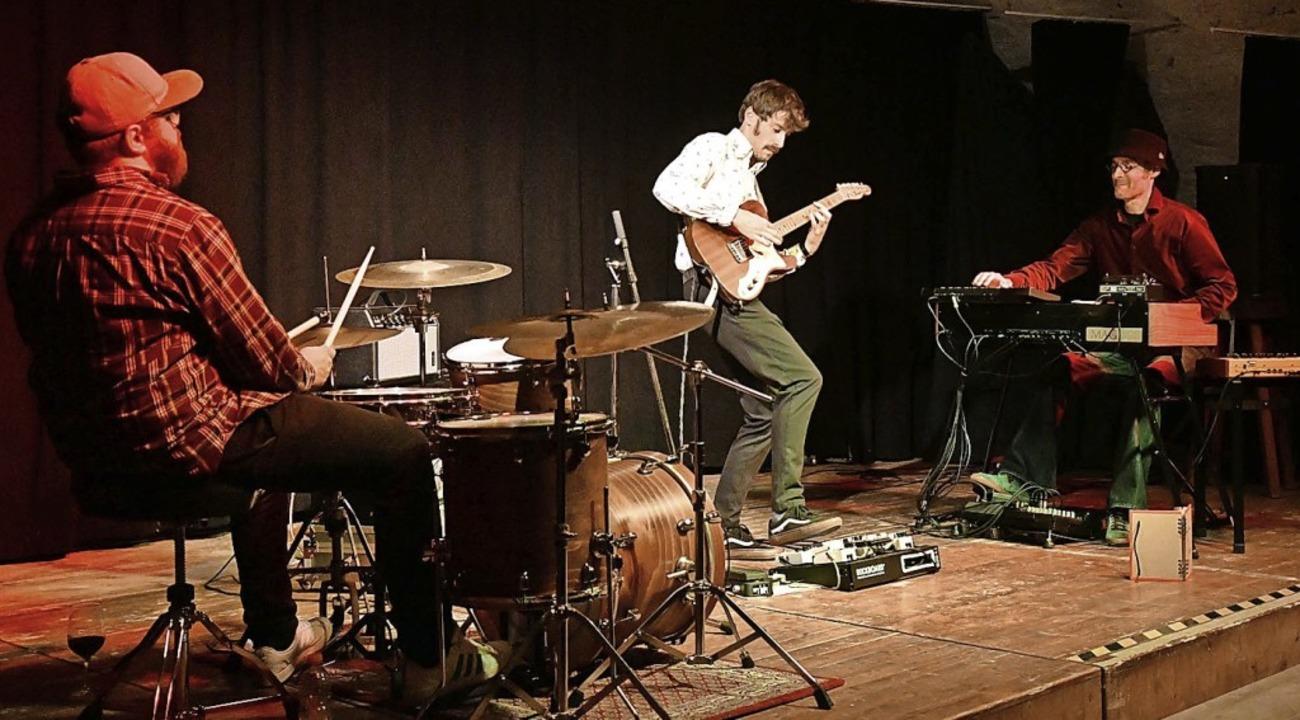 Der Downbeatclub mit Claas Lausen (von... Jo Aldinger im Stiftsschaffneikeller   | Foto: Wolfgang Künstle