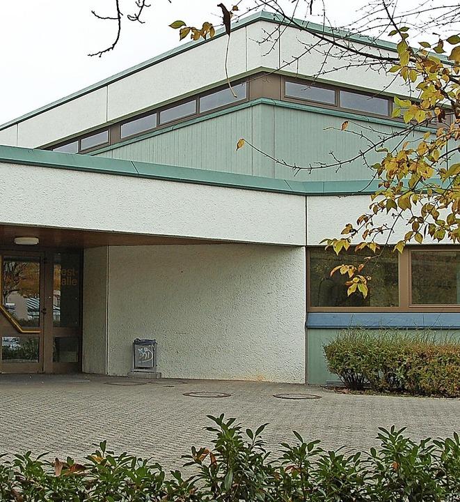 Auf Zuschüsse hofft die Gemeinde für d...ekt, die Sanierung der Kirchberghalle.  | Foto: andrea gallien