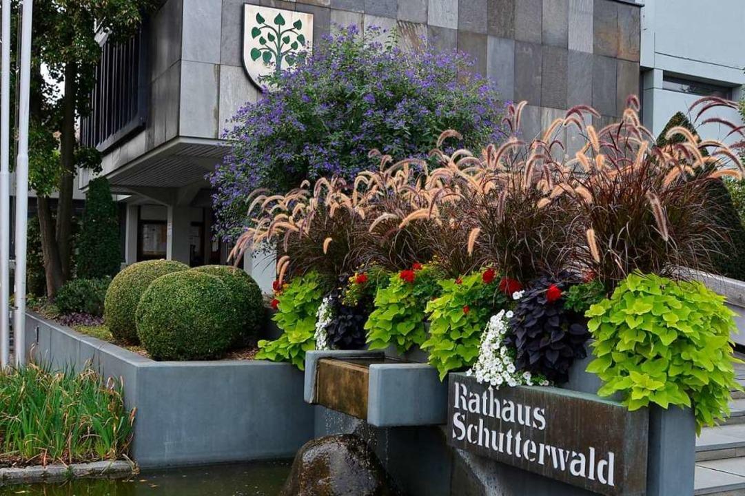 Das Schutterwälder Rathaus wird seinen Bürgern/innen erhalten bleiben.   | Foto: hrö