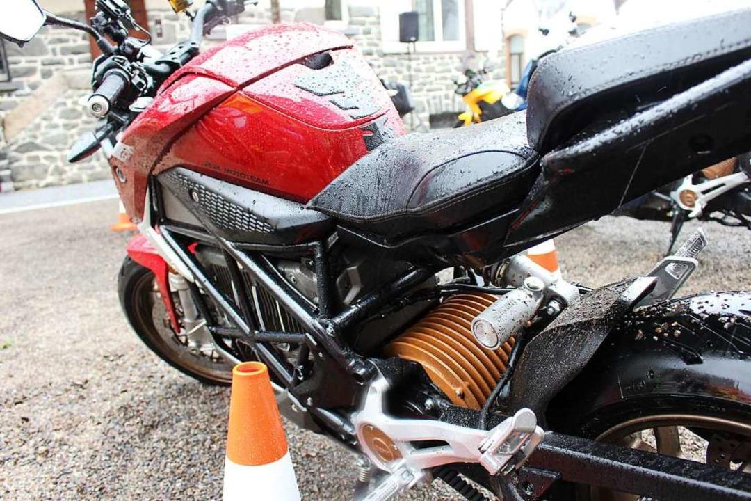 Kein Tank, kein Auspuff: So könnten die Motorräder der Zukunft aussehen.    Foto: Martin Klabund