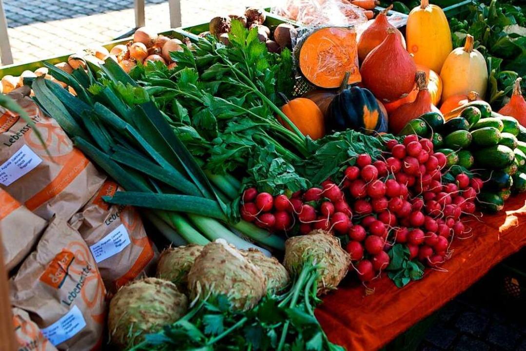Obst, Gemüse, aber auch Brot, Fleisch,...marktern und Dorfläden vom Dinkelberg.    Foto: Gemeinde Buggingen
