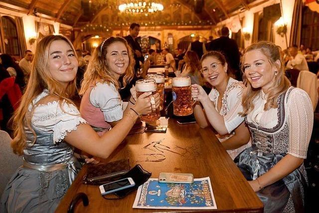 Weniger Partygäste und weniger Alkohol bei heikler Corona-Lage?