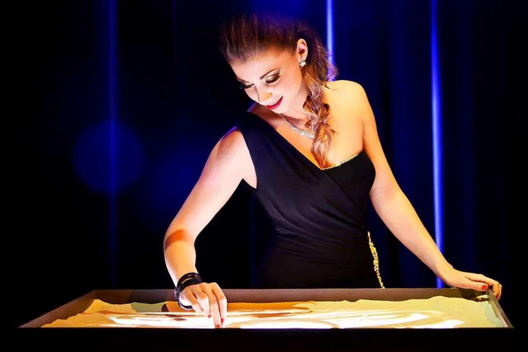 Kelly Huesca bringt mit ihren fantasie...danimationen das Publikum zum Träumen.    Foto: Europa-Park