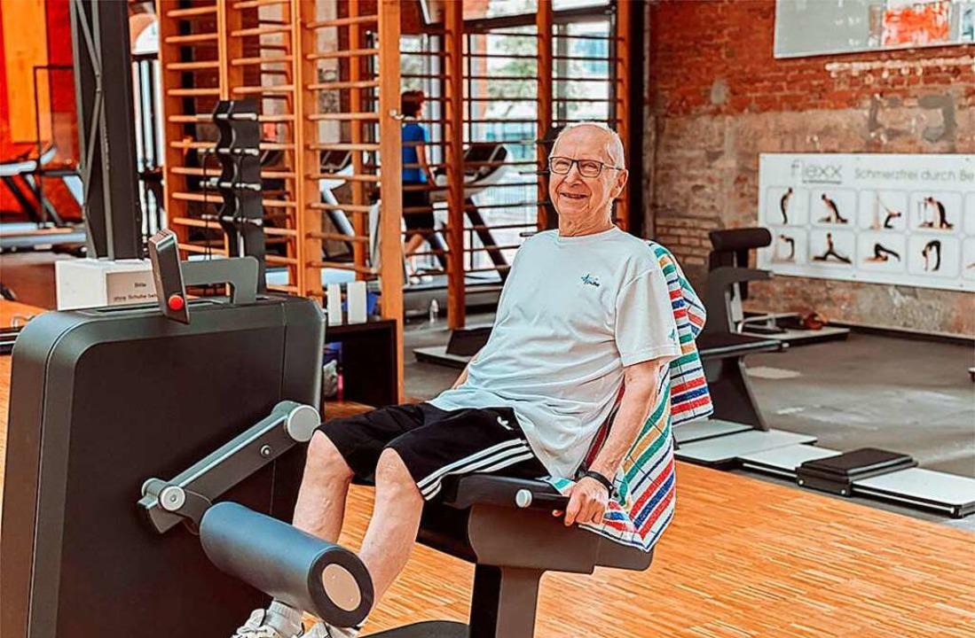 Ein 86-jähriges Mitglied beim Krafttra...ilon-Zirkel im Rückgrat Alter Zollhof.  | Foto: Rückgrat-Center