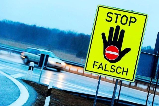 Polizei stoppt betrunkenen Falschfahrer auf der A5 bei Weil am Rhein