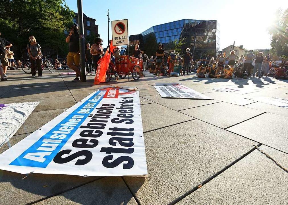 Mitte September forderten Demonstrante... nachziehen – wenn er denn darf.  | Foto: Rita Eggstein