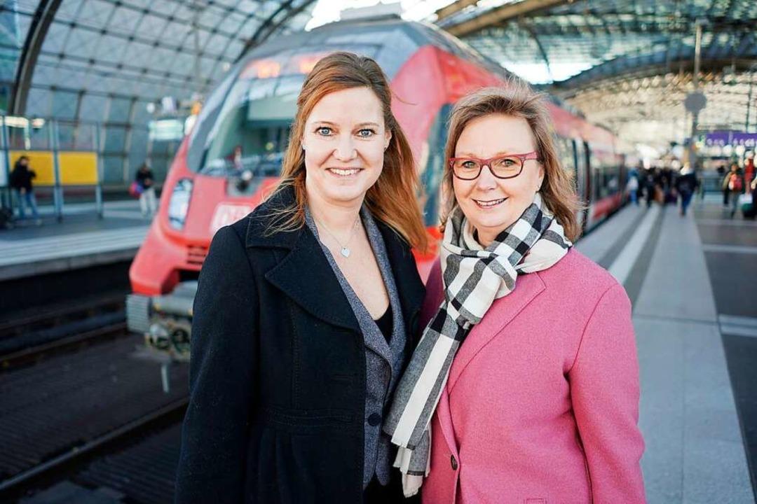 Tandem bei der Deutschen Bahn: Catherine-Marie Koffnit (l). und Carola Garbe  | Foto: Jörg Carstensen