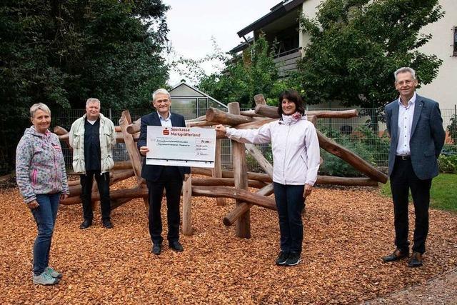Frauenverein Niederweiler unterstützt Regenbogen-Kindergarten