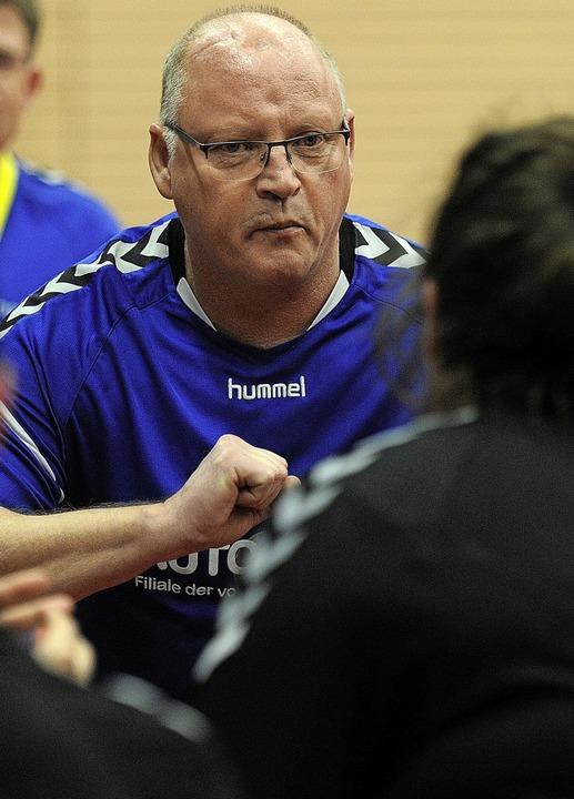Ralf Mättler, hier noch im Blauen Dres...Coach der HSG Meißenheim/Nonnenweier.     Foto: Pressebüro Schaller