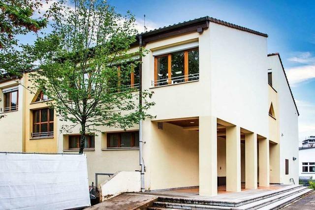 Sprachheilschule des Landkreises Lörrach muss länger in Hausen bleiben