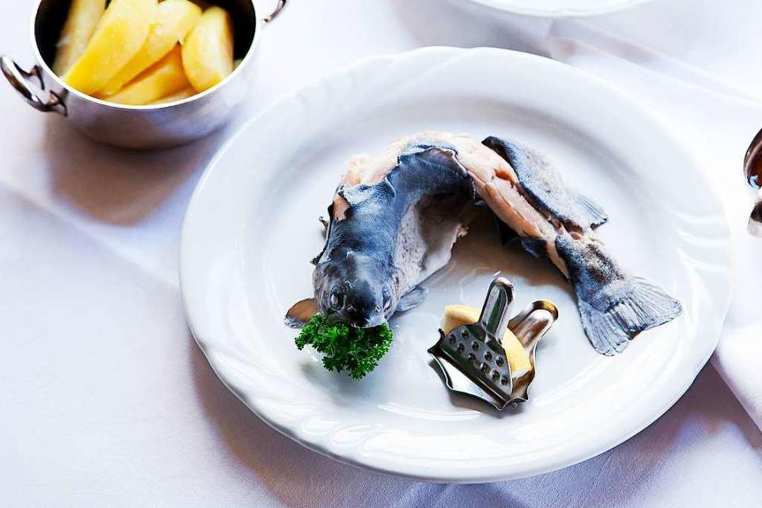 Forelle blau im Angebot  | Foto: Michael Wissing BFF
