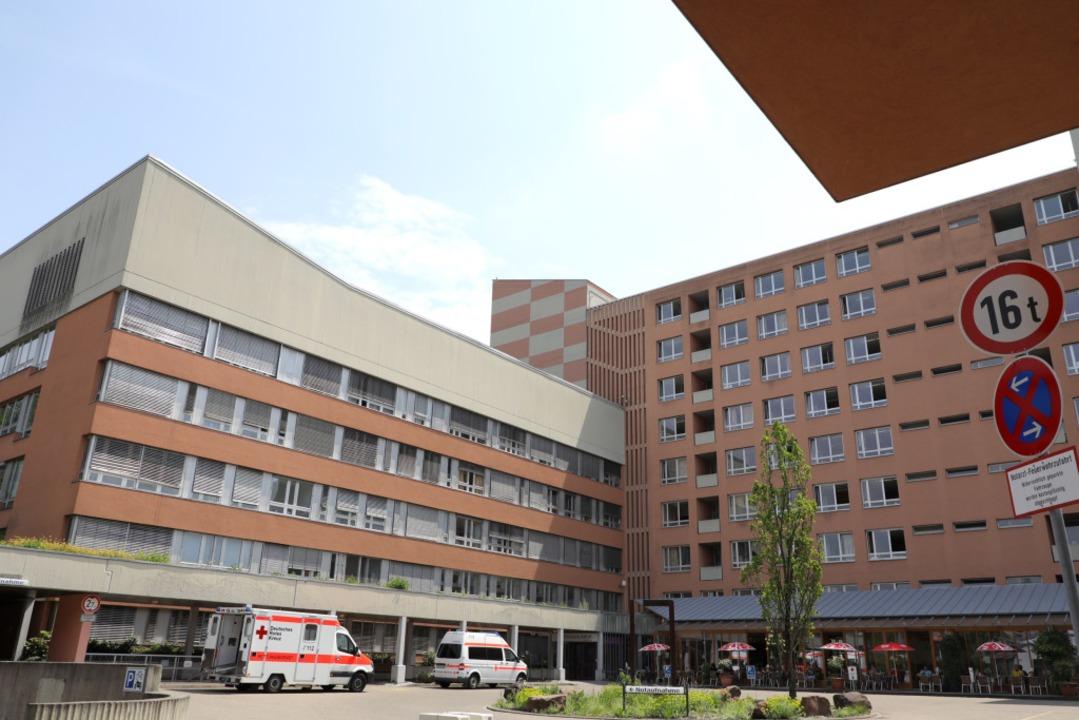 In der Hochphase der Corona-Pandemie i...nau-Klinikum in Lahr sehr viel zu tun.  | Foto: Christoph Breithaupt
