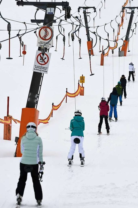 Skifahrer auf dem Feldberg    Foto: Patrick Seeger