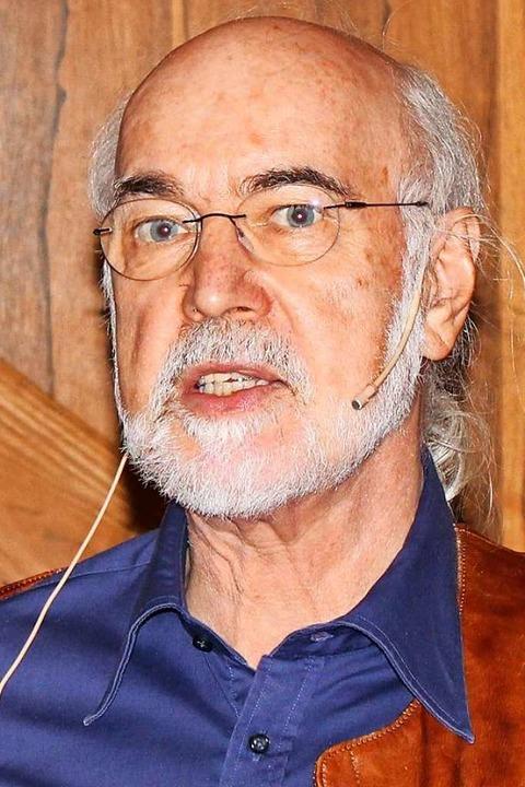 Kurt Paulus bei seinem Vortrag  | Foto: Rolf Reißmann