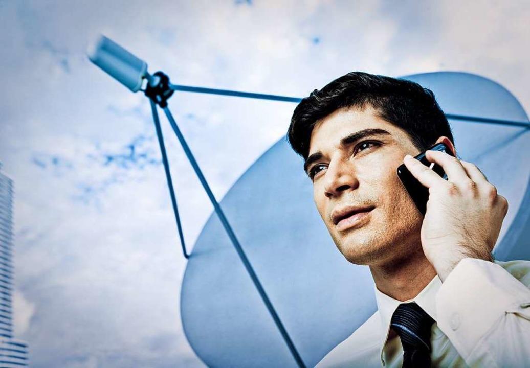 Über Satellit muss Daniel Sabouret tel...einen Anschluss kündigte. (Symbolbild)  | Foto: Corey Weiner