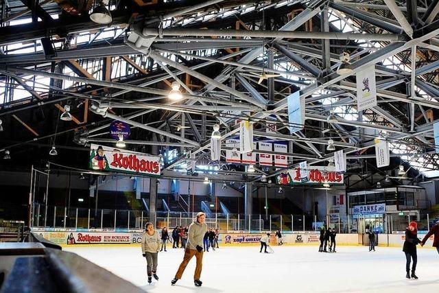Im Freiburger Eisstadion beginnt die Schlittschuh-Saison
