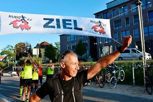 Roland Gröflin aus Rheinfelden hat die Schweiz laufend umrundet