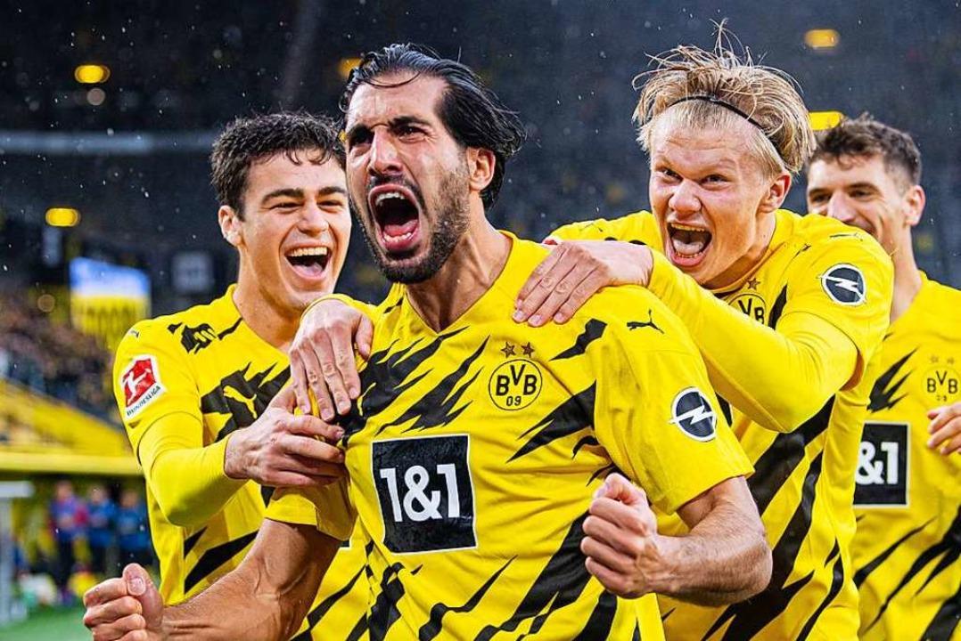 Dortmunder Jubel nach dem 2:0 durch Can.  | Foto: Guido Kirchner (dpa)