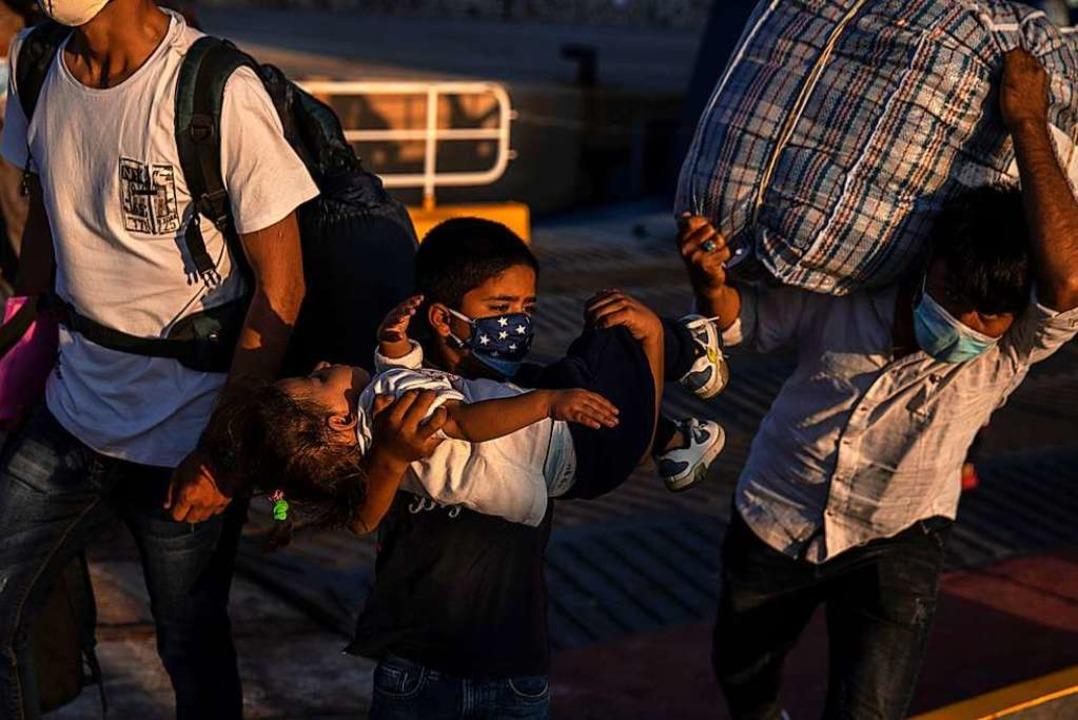 Die Stadt Löffingen möchte eine Flücht...familie aus dem Lager Moria aufnehmen.  | Foto: Petros Giannakouris (dpa)