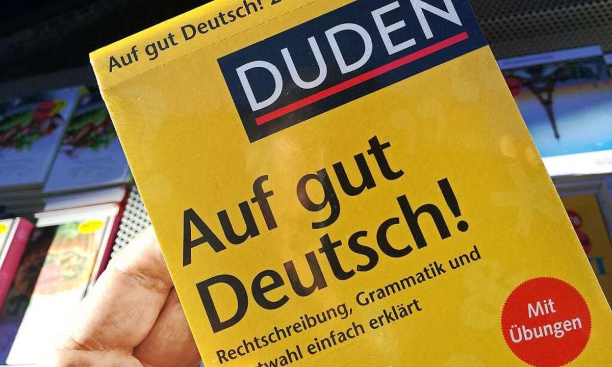 Mittlerweile gibt es den Duden in der 28. Auflage.    Foto: Markus Donner