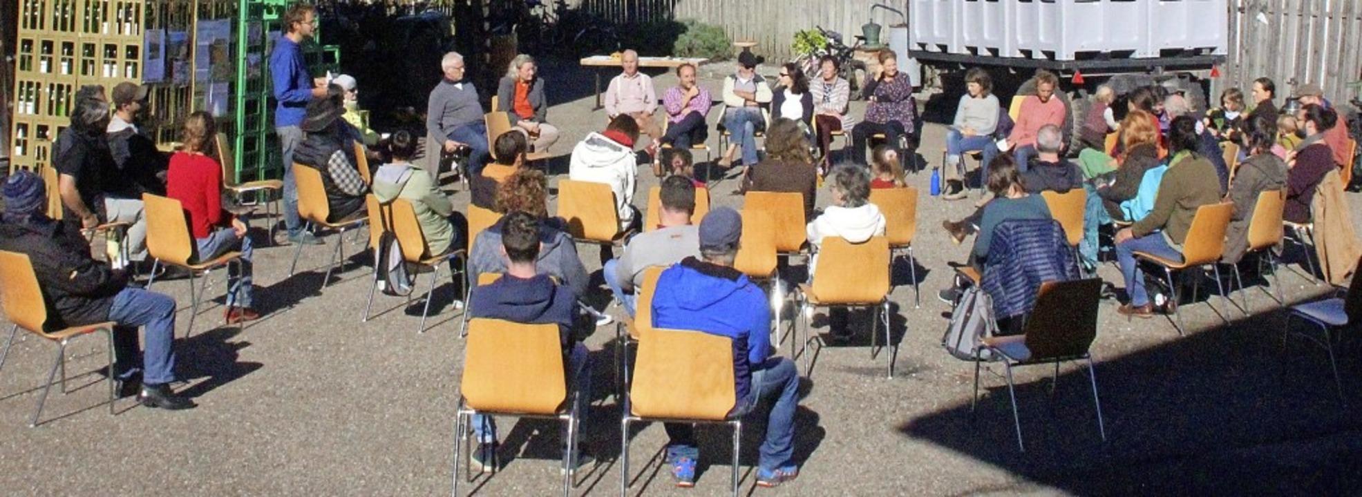 Am ersten Informationstreffen zur Soli...tschaft nahmen 50 Interessenten teil.   | Foto: Erika Sieberts
