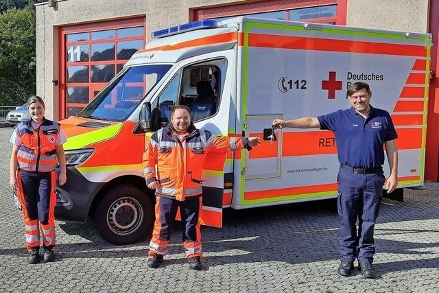 Rettungswagen übergeben