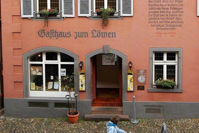 Im südlichen Breisgau auf der Spur von Faust, Mephisto und Karl May