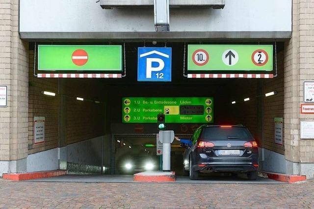 Parken per Handyapp soll bald auch in Freiburg möglich sein
