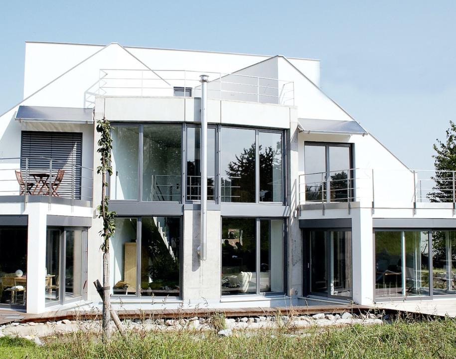 Ob Holz, Kunststoff, Aluminium oder wi...das Heim individuell gestaltet werden.    Foto: Hilzinger Fenster (VFF)