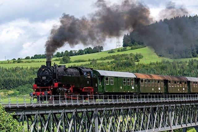 Die Sauschwänzlebahn ist noch bis zum 18. Oktober auf der Schiene