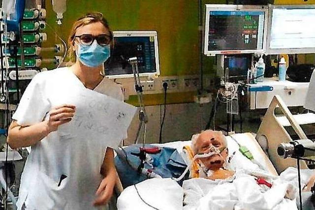 Wieder genesener Covid-Patient aus dem Elsass dankt Freiburger Medizinern