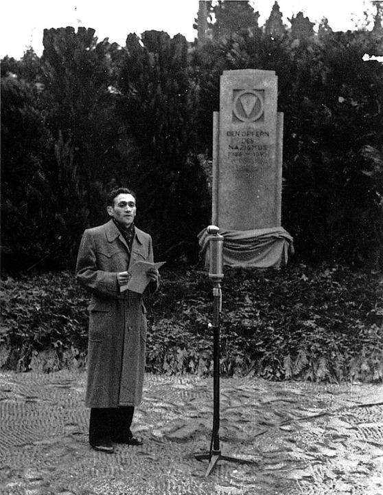 Rolf Weinstock im Jahr 1948 bei der Ei...ialismus unterhalb des Bergfriedhofs.   | Foto: privat