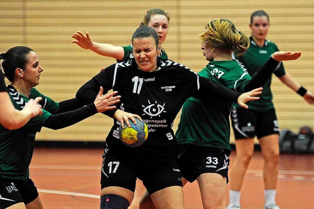 Durchaus schmerzhaft könnte die Runde ...pielerinnen vom TV Friesenheim werden.    Foto: Pressebüro Schaller