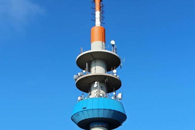 Der Funkturm auf dem Blauen ist gekürzt worden