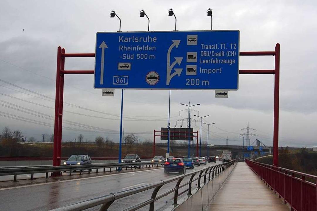 2006 wurde der neue Grenzübergang eing...r für den Regionalverkehr gedacht war.    Foto: Boris Burkhardt