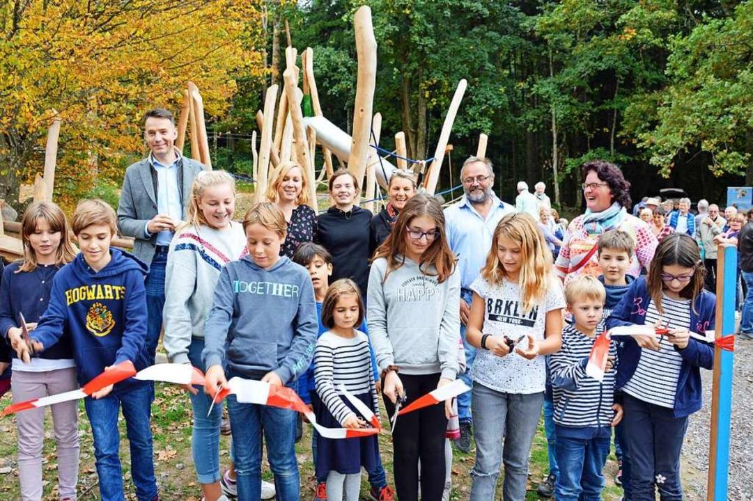 Zu den neueren Errungenschaften für di...staltete Spielplatz auf dem Giersberg.  | Foto: Gerhard Lück