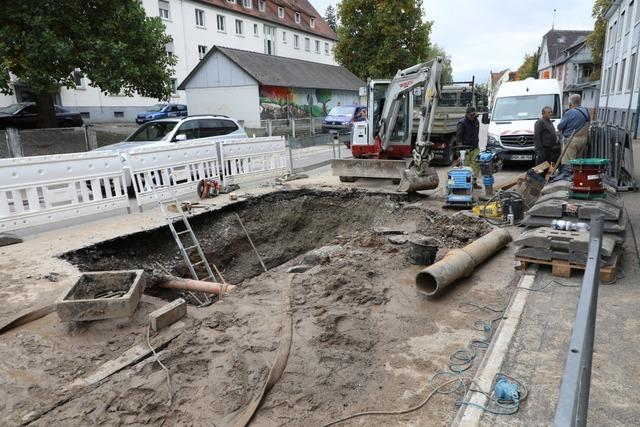 Wasserrohrbruch in der Tramplerstraße in Lahr