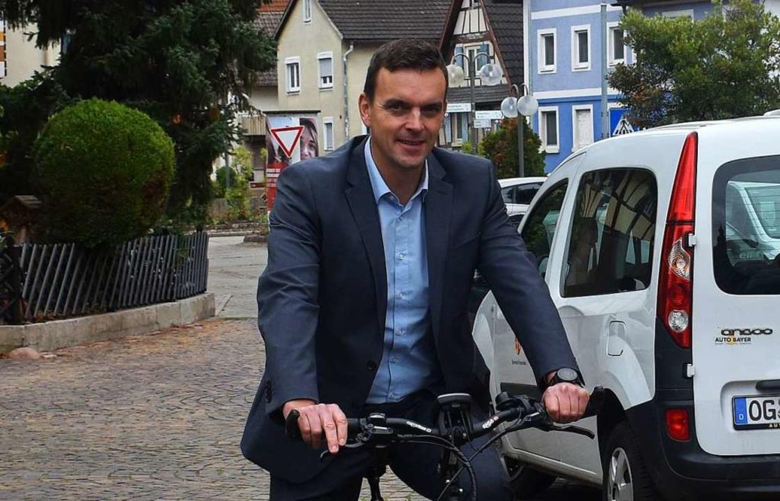 Erik Weide auf dem Rad  | Foto: Walter Holtfoth