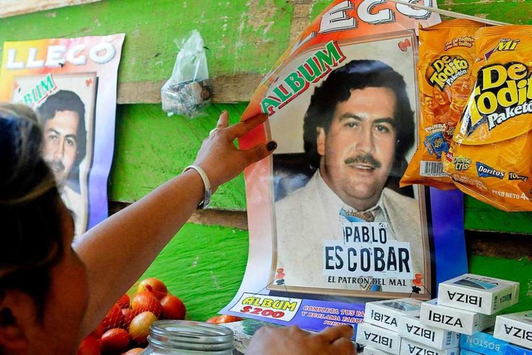 In großen Teilen Kolumbien wird Pablo ...ie den Drogenbaron bis heute verehren.  | Foto: Luis Eduardo Noriega