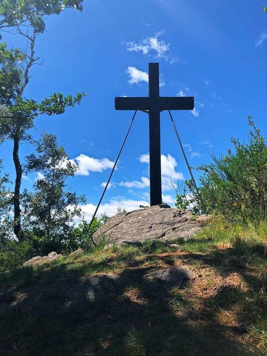 Kreuz am Pfauenfelsen  | Foto: Ronja Vattes