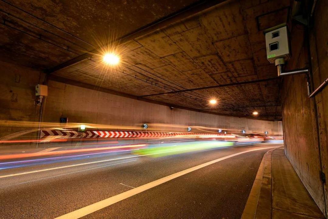 Die stadteinwärts führende Röhre der B...anlage wird für eine Raddemo gesperrt.  | Foto: Thomas Kunz