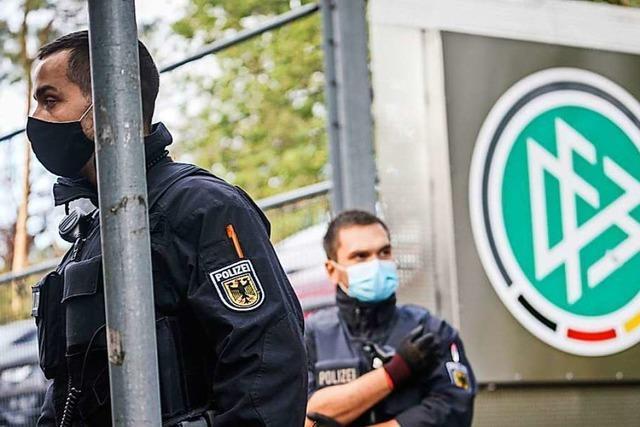 Ein ungewöhnlich harter Schlag der Fahnder gegen den DFB