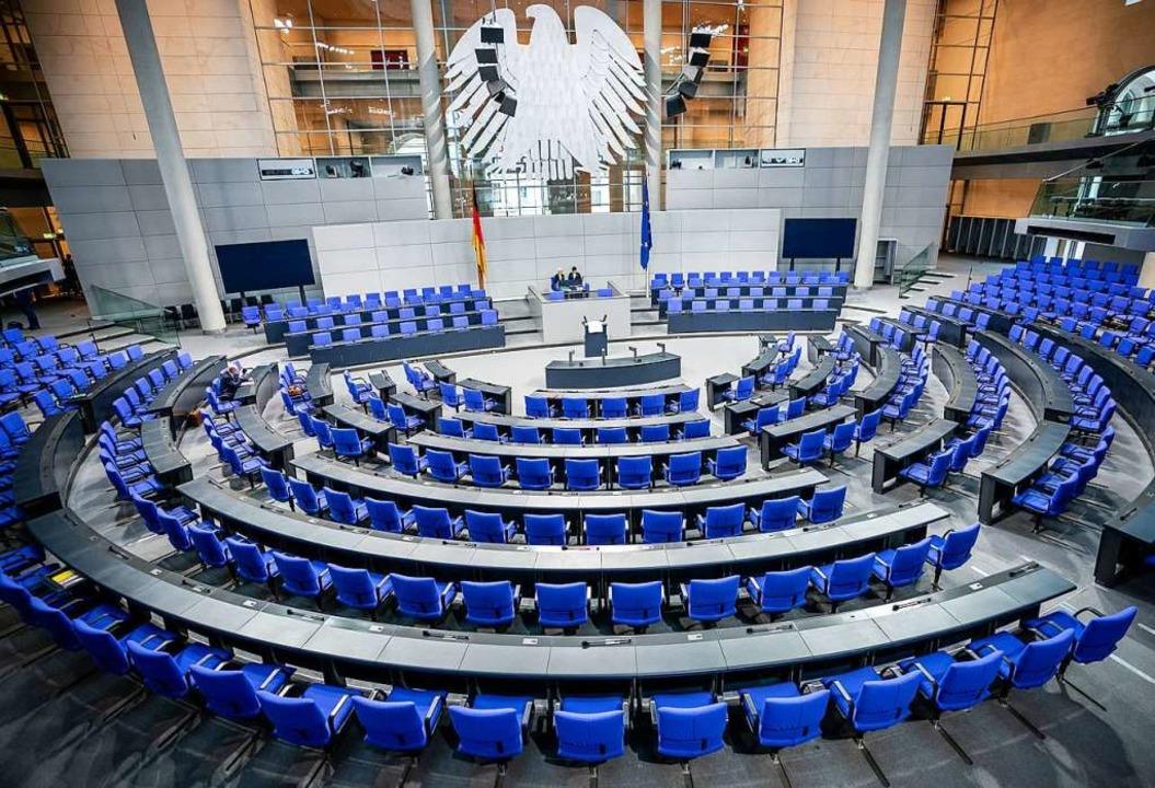 Wie viele Abgeordnete soll der Deutsche Bundestag haben?    Foto: Michael Kappeler (dpa)