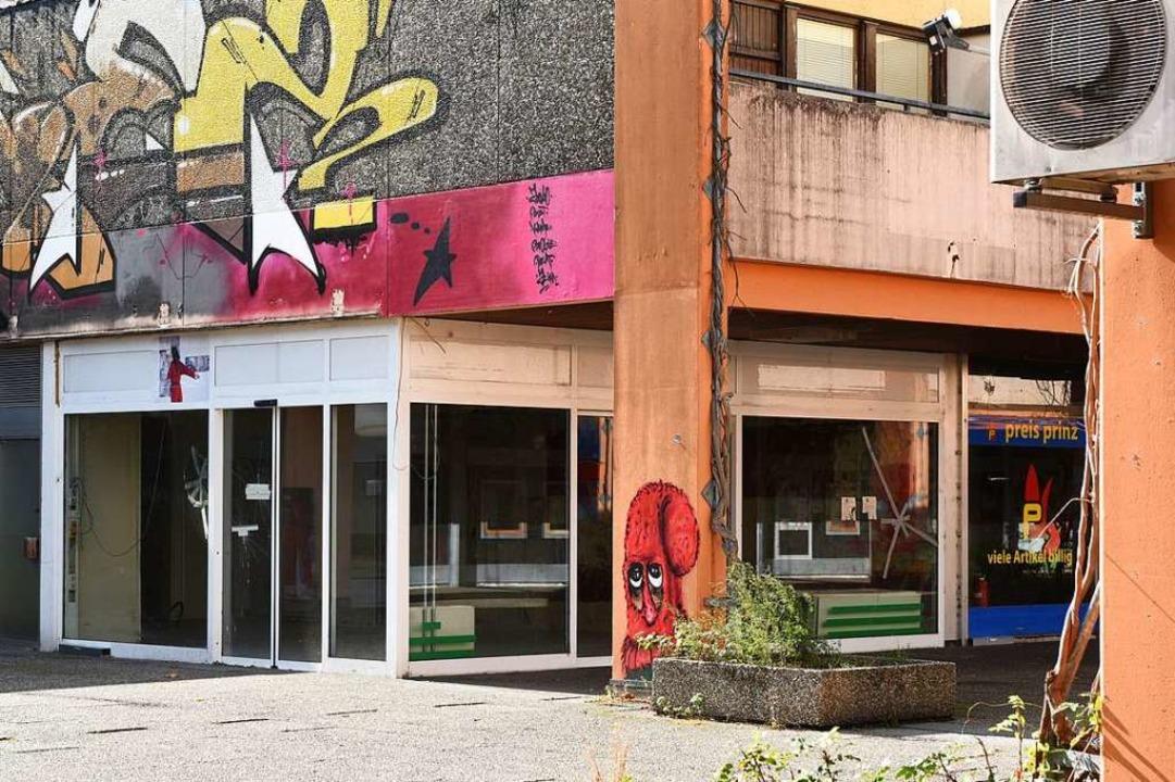 Im alten EKZ an der Auwaldstraße steht der Abriss kurz bevor.  | Foto: Rita Eggstein