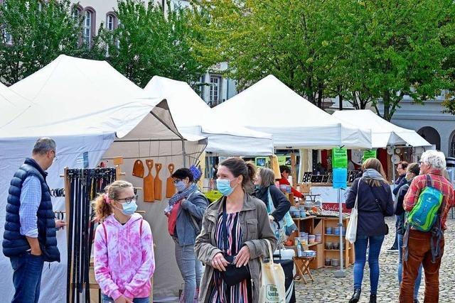 Der Freiburger Kunsthandwerkermarkt findet trotz Corona statt