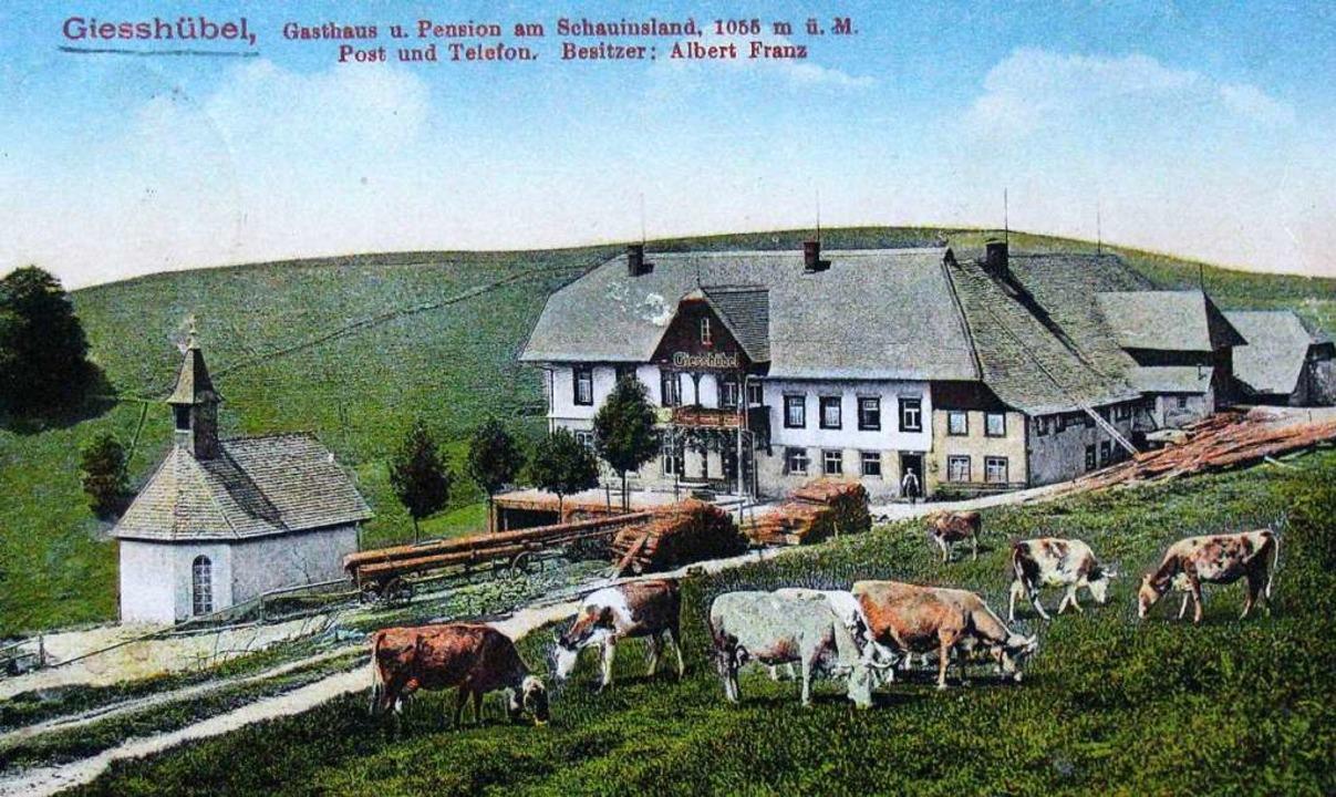Mit dieser kolorierten Postkarte warb ...er einzigen hofeigenen Kapelle im Tal.  | Foto: Manfred Lange